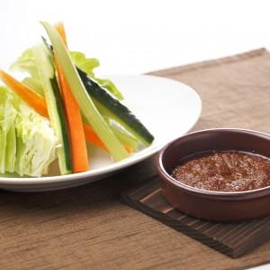 スティック野菜のバーニャ味噌カウダ